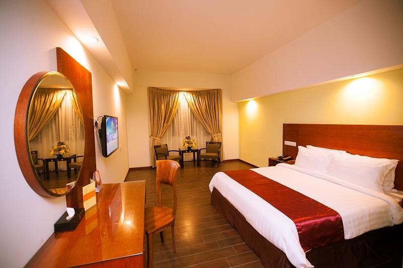 RI - 2-Bedroom-Suite-Areca-Room